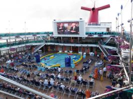 Carnival Dream - Pool TV Screen