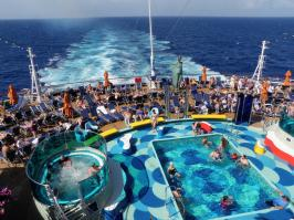 Carnival Dream - Aft Pool and Jacuzzi