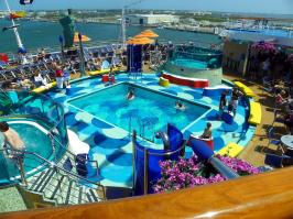 Carnival Dream - Aft Pool