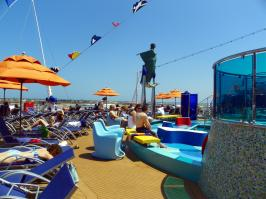 Carnival Dream - Pool Area