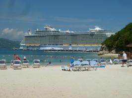 Royal Caribbean Oasis of the Seas -